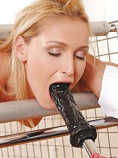 Capturing Bondage Porn Pictures