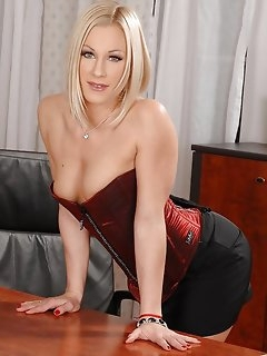 Zingy Masturbation Sex Photos